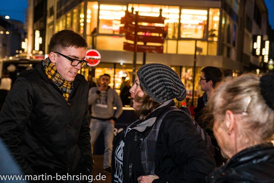 Bonner PRO-NRW Rassist und Noenazifrau Melanie Dittmer